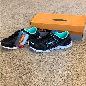 Avis women's running sneakers